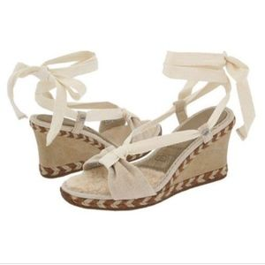 Ugg sandals lace up